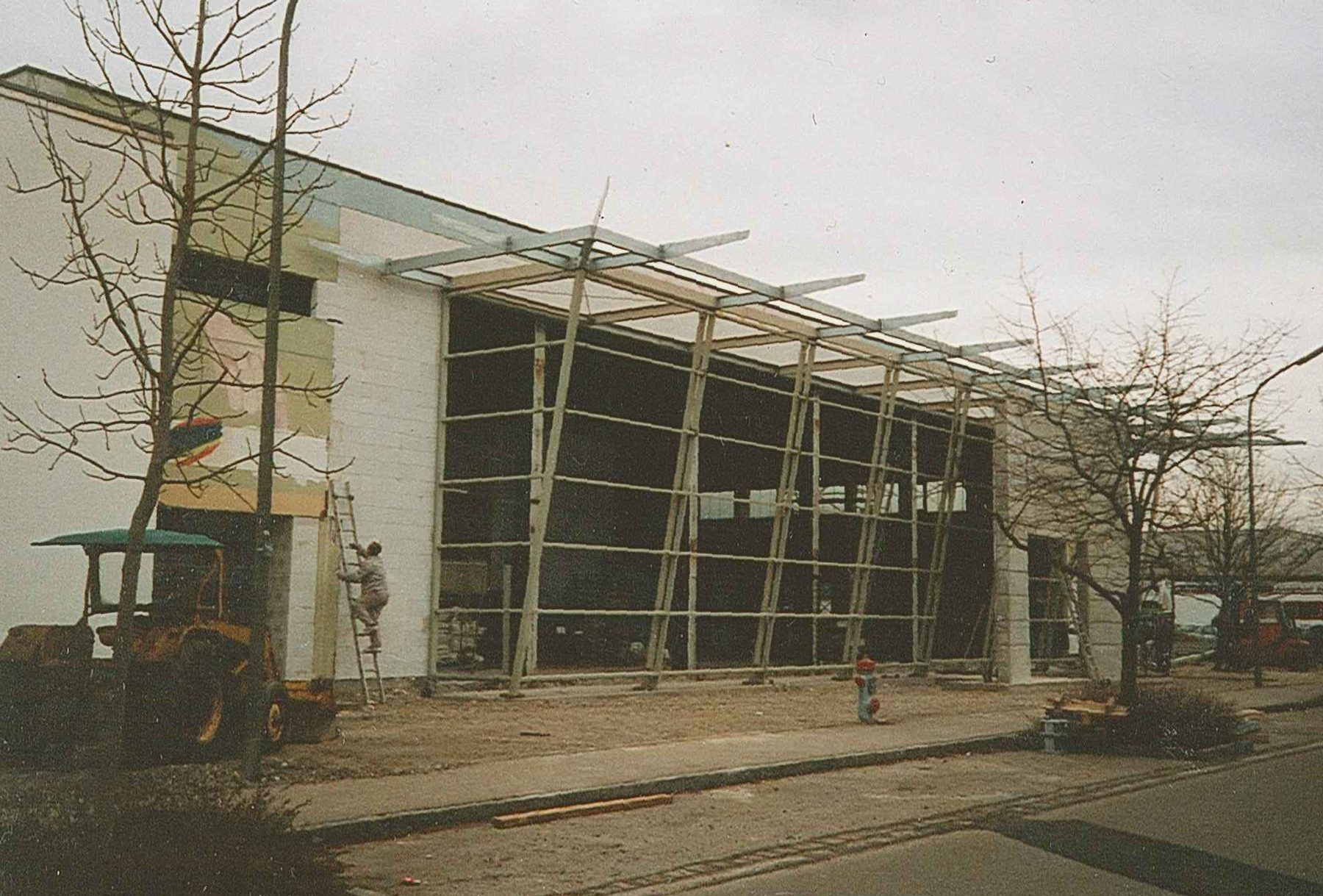 Autohaus Karl Moser - Ausbau des Showrooms